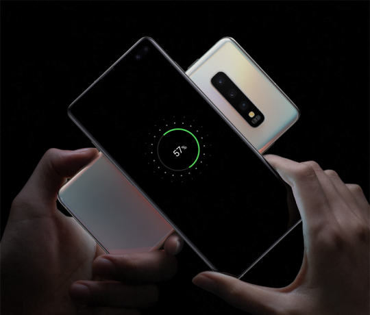 Wireless power share med Galaxy S10