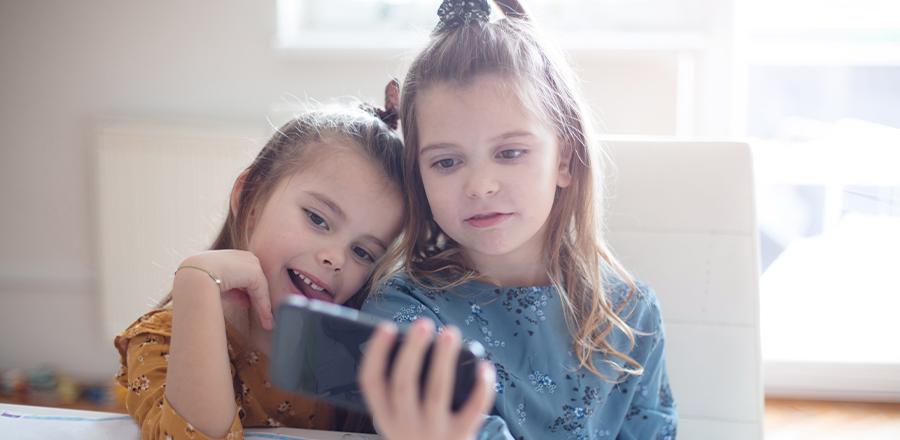 Underholdning på YouTube for børn op til 9 år