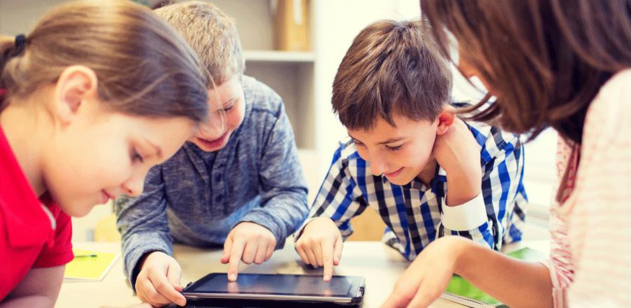 Leg og lær med disse 5 apps til børn i alderen 4-10 år