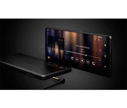 Den bedste lydoplevelse med Sony's unikke teknologier og et 3.5mm jackstik