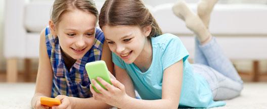 Gode venner på nettet - Sådan undgår dit barn dårlige oplevelser online