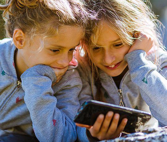 Global indsats mod digital mobning
